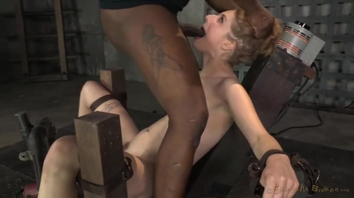Ebony Wake Her Up Fucking Her