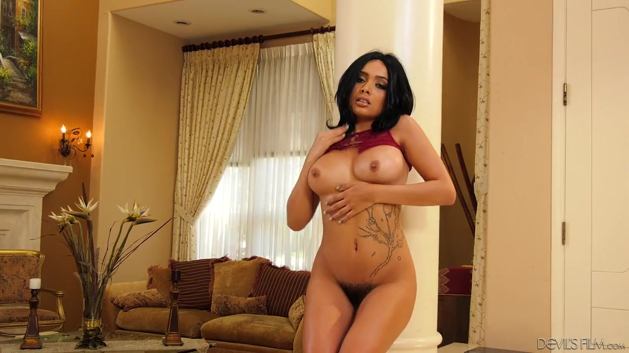 Chubby indian naked babes