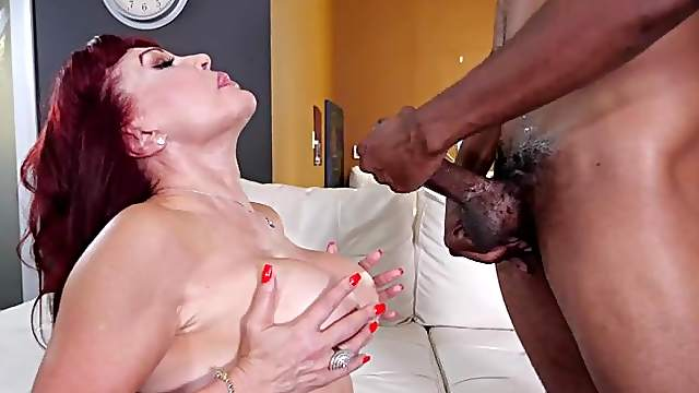 Deep sex with a cougar in scenes of merciless interracial