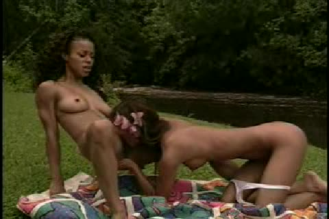 Guy cums in two girls